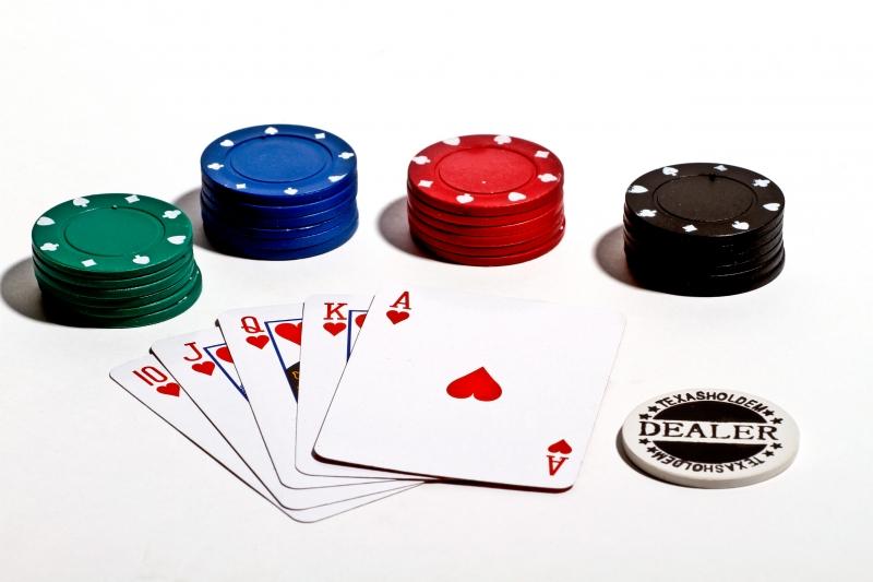 2377417-poker-texas-holdem-2